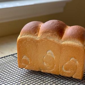 山型食パン&ホットドッグバンズ & 今日の夕飯はチリドッグでした。