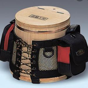木製の釣り道具 (°▽°)