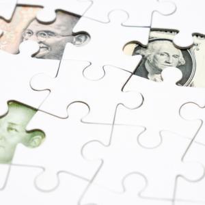 いよいよスタートするOECD加盟国によるCRS制度により税金はどうなる?海外銀行や金融機関の口座情報が自動交換されることにより国税庁に情報が送られます。