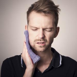 歯痛とオムライス