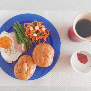 朝はノラ・ジョーンズ…軽い食事