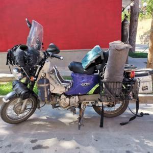 バイクのメンテナンス(ユーラシア大陸バイク旅 2019)