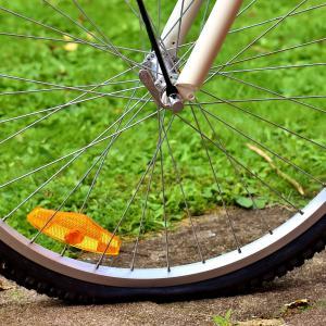 子供乗せ電動自転車がパンク!応急処置・修理費用・パンクを防ぐには?