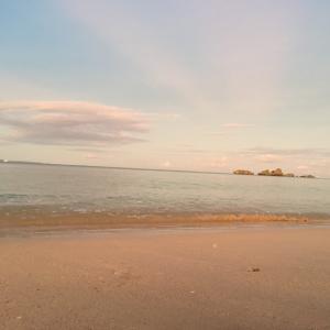 快眠へのヒント~音源付き~幻想的な海辺より