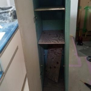 103号室の下駄箱は手作りです