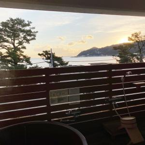 熱海2日目〜日の出とともに露天風呂を楽しむ