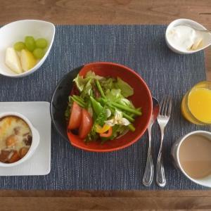 朝食はカレードリアを・・