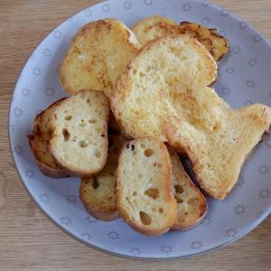 朝食はフレンチトースト!
