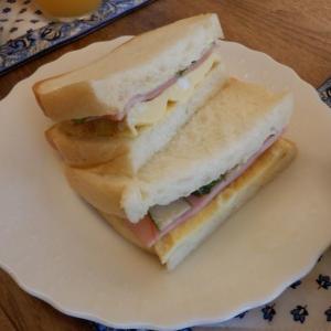 朝食はパンドミでサンド!