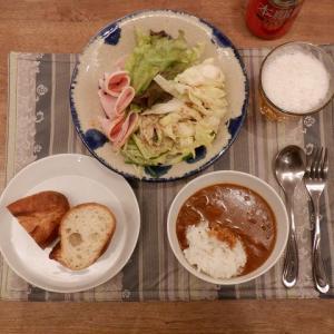 夕食はチキンカレー
