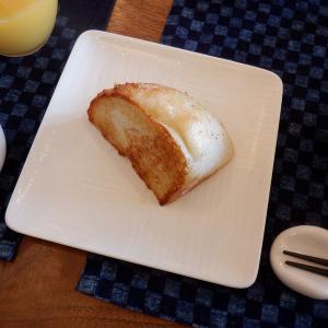 生麹パンをバターでローストして・・