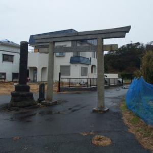 元名の町内に佇む鶴ヶ崎神社