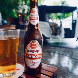 プノンペン到着、まずはビール