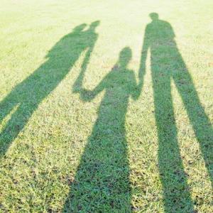 子どもの気持ちを無意識にコントロールしていることもある。父の日をどう過ごす?