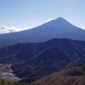 十二ヶ岳からの富士ド~ン!