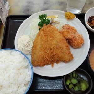 【板橋区】ときわ食堂の真あじフライと鶏竜田揚げ定食