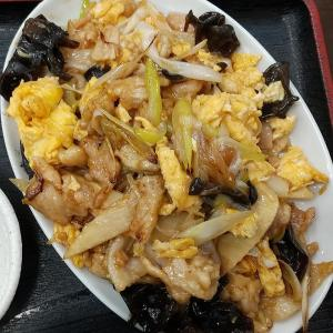 【板橋区】喜龍園の豚肉玉子炒め定食ご飯大盛