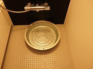 ミニマリストによる洗濯機のない暮らし。日々の手洗い洗濯で感じていること。