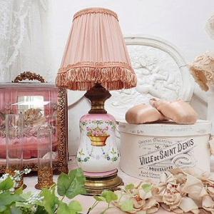 ★☆ 花かごシフォンシェードのテーブルランプ ★☆