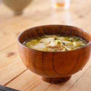 【楽チンレシピ】お味噌汁にサバ缶をいれて「あら汁」のような旨味
