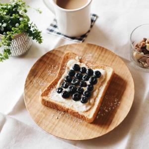 【食パン好きにはたまらないパン皿】いつものパンでも気分が上がる素敵なお皿