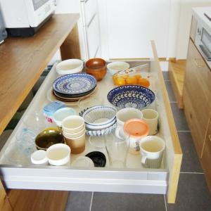 【キッチン背面収納の造作棚をブログで紹介】リノベこだわったキッチンカウンター