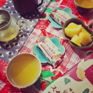 * おうちカフェ★ほっこり緑茶とおやつに限定母恵夢 *