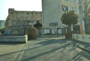 福岡市立多々良中央中学校校区の出張理容室【移動理容室イーグル】
