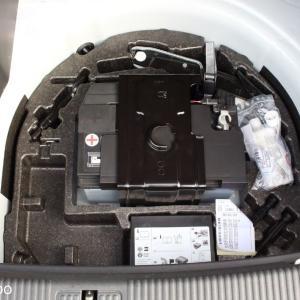 アウディA1 Sportbackのラゲッジスペース下を開けると・・・ドイツ車の後方衝突安全性の正体?
