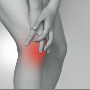 運動オンチにとって「膝が硬い」「膝を柔らかく使う」という説明はめちゃくちゃわかりにくいのです
