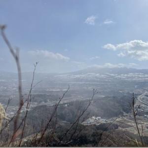 冬の低山遊びとからっ風ハイ、追い風ヒャッホー ライドアンドハイクぐんま百名山 42座目【戸神山】
