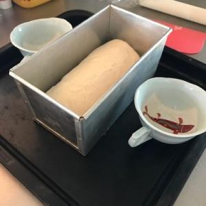 手ごねでパン作り