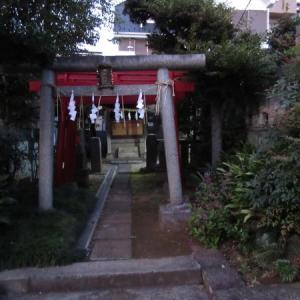 若松河田駅から曙町駅へ ⑦ 中守稲荷神社