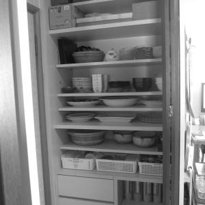 食器棚の引き出し…ぐちゃぐちゃを直そう!