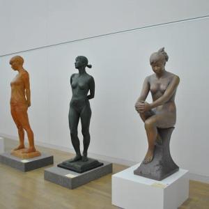 新国立美術館で日展の彫刻、日本画をみます 4