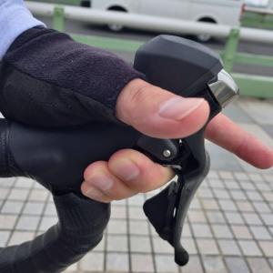 肩凝りにならないハンドルの握り方とは(握り方を変えたら肩凝りが解消)
