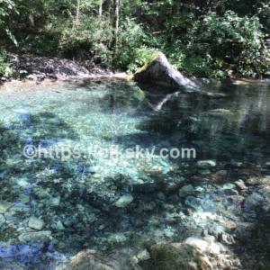 格安料金で穴場なキャンプ場はシャワーも無料で楽しめる川遊びキャンプ