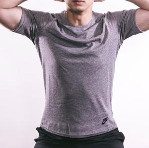 """男性用ニップレス Tシャツから透けて見える乳首""""チクポチ""""解消にまず鍛えてみる?"""