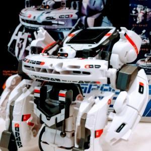 【6歳】誕生日プレゼントは宇宙系7変幻ロボ。取説が丁寧!プラモ初でも組み立て出来ちゃった