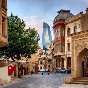 【未来都市】第二のドバイ!建設ラッシュアゼルバイジャンの観光情報
