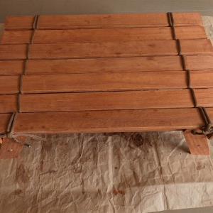 【DIY】100均のすのこでキャンプ用ロールテーブルを作ってみた