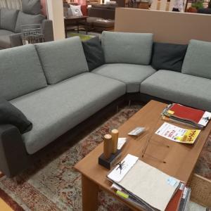 ソファーを購入しましたが、届くのは11月