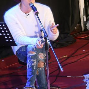 ☆ジョンヒョンもみんなの歌声に癒されて・・・