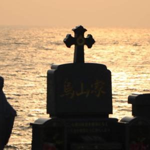 【五島2-4】最果て感ある日本遺産「三井楽」!夕陽に照らされたキリシタン墓地に感じる愁い