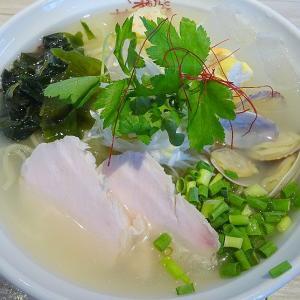 らあめんとおばんざい 麺乃夢恋(小樽市)冷たい貝出汁SOBA & あじのなめろう&香味野菜Don