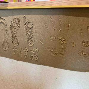 社長の家 子供の作品 展示スペース 手形 足形 珪藻土 メソポア 茨城県 境町