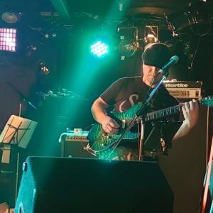 「鍋友Iさん出演のライブを見に行った」沼津