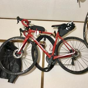 自転車オブジェとメダカ時々ハト♬