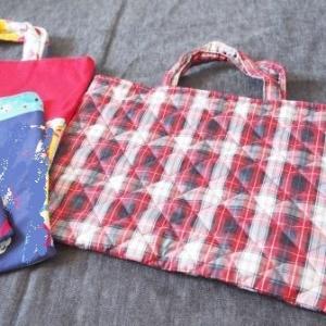 小学校のバザー用にバッグと座布団カバー作りました。