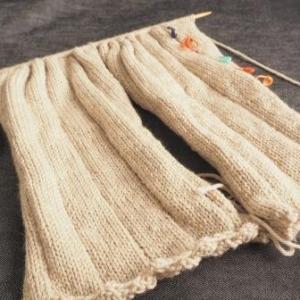 袖の二本同時編みで、一玉同時に終わったという話。